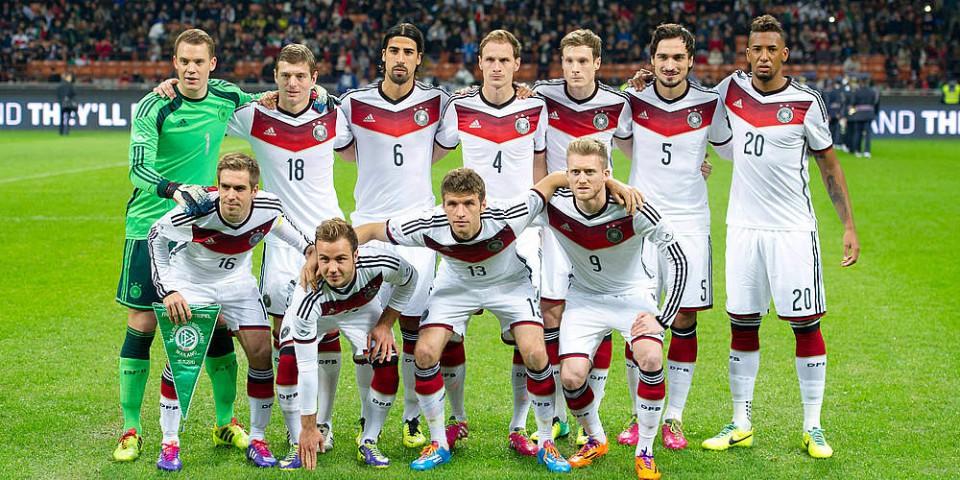 team photo for Gjermani