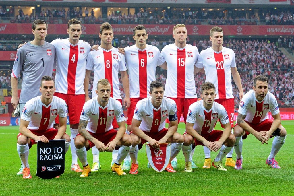 team photo for Poloni