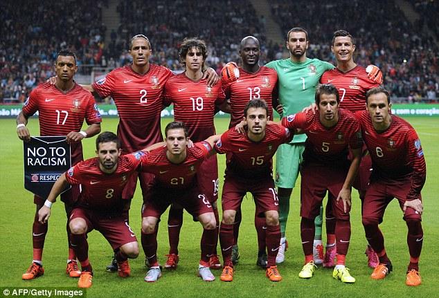 team photo for Portugali